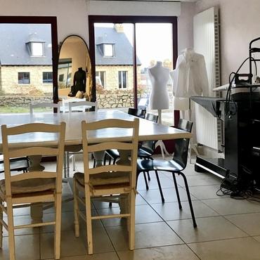 Atelier de couture Céline - Cancale - création Célicime - la table de cours